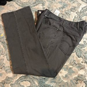 Men's grey 559 Levi's  40x32 in great shape